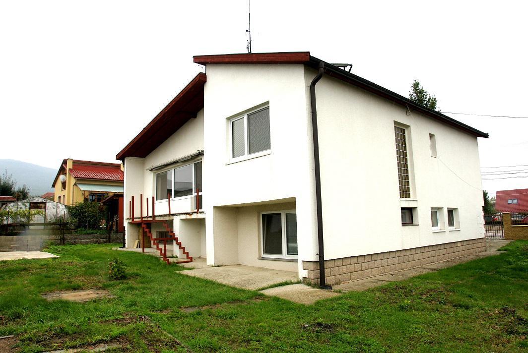 VÝBORNÁ CENA 5izb.RD Nitra - Hrnčiarovce, 8 ár.