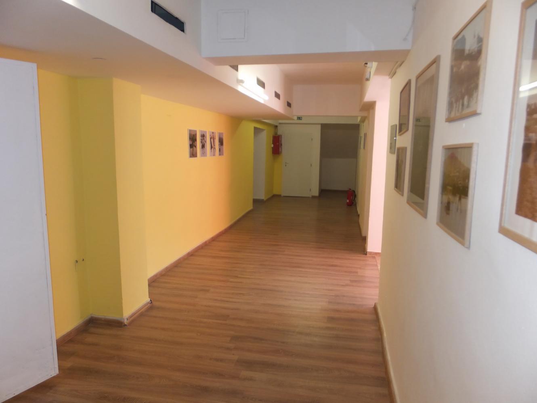 PRENÁJOM 400m2 - podnikateľský priestor Nitra centrum.