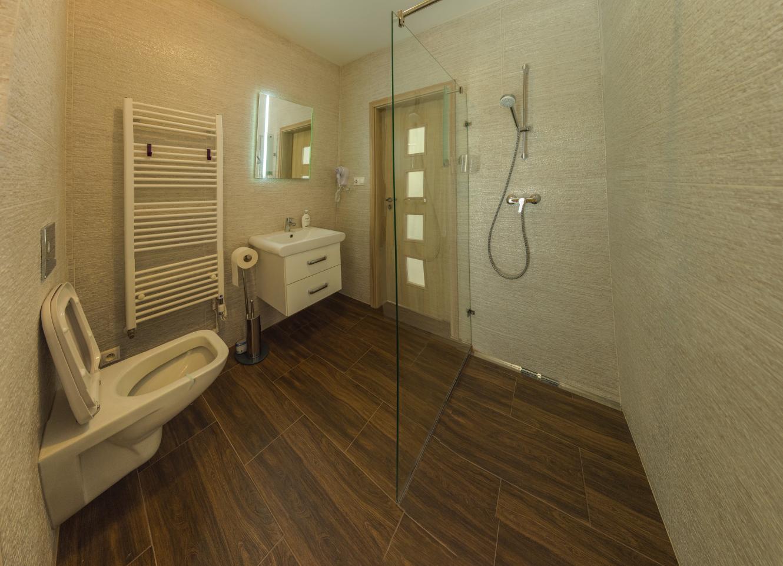Ponúkame luxusnú 5 izb.novostavbu RD Nitra - Chrenová